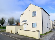 LIGHT AND AIRY FOUR BEDROOM MODERN HOUSE - TAVISTOCK